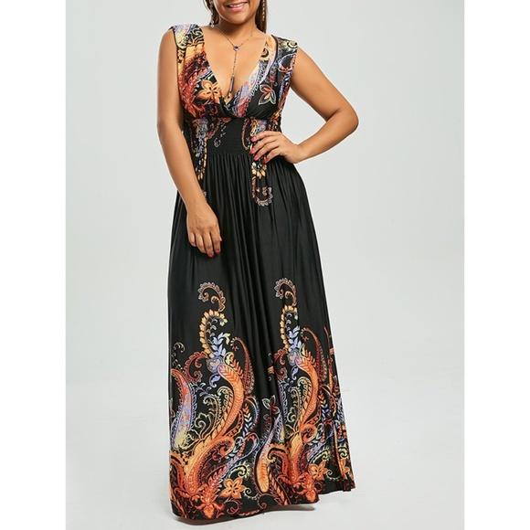 Plus Size Plunging V-Neck Paisley Print Maxi Dress Boutique